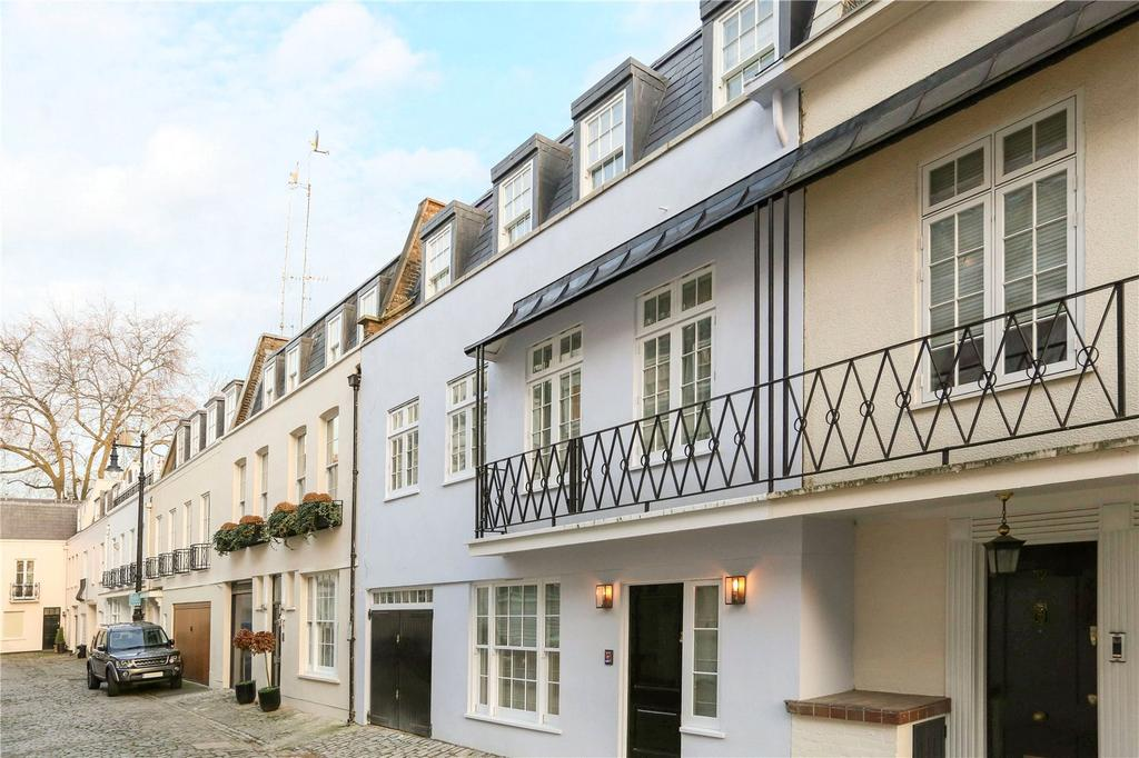 3 Bedrooms Mews House for sale in Eaton Mews North, Belgravia
