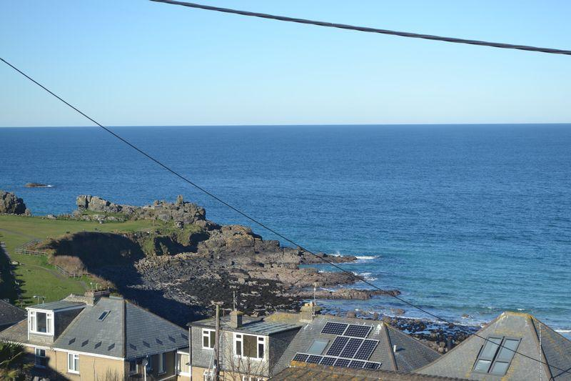 3 Bedrooms Detached Bungalow for sale in St Ives, Cornwall