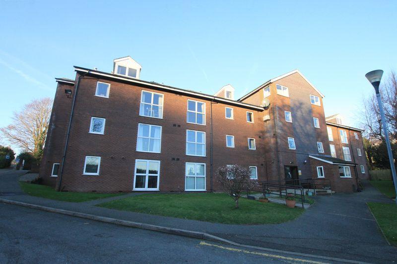 2 Bedrooms Retirement Property for sale in Bangor, Gwynedd