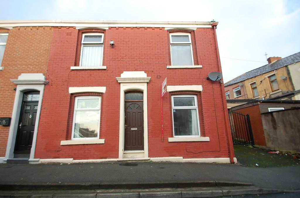 3 Bedrooms Terraced House for sale in Whalley Street,Whalley Range, Blackburn