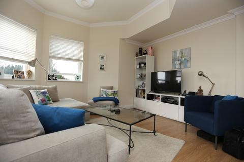 2 bedroom flat to rent - Dyke Road Avenue, Brighton