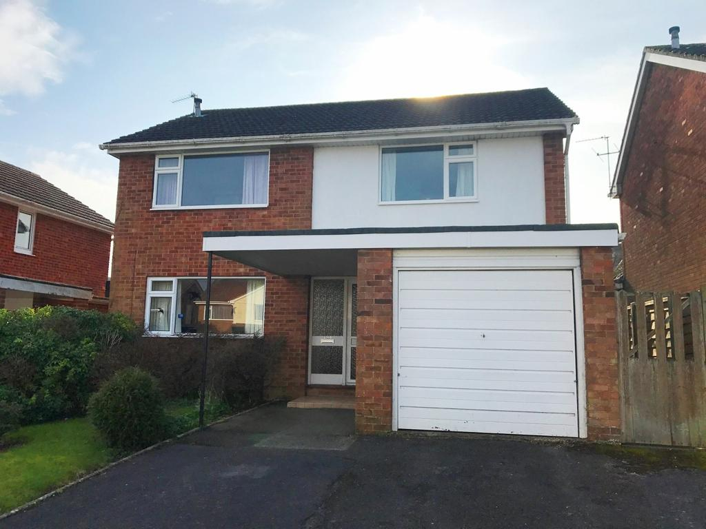 4 Bedrooms Detached House for sale in Merley