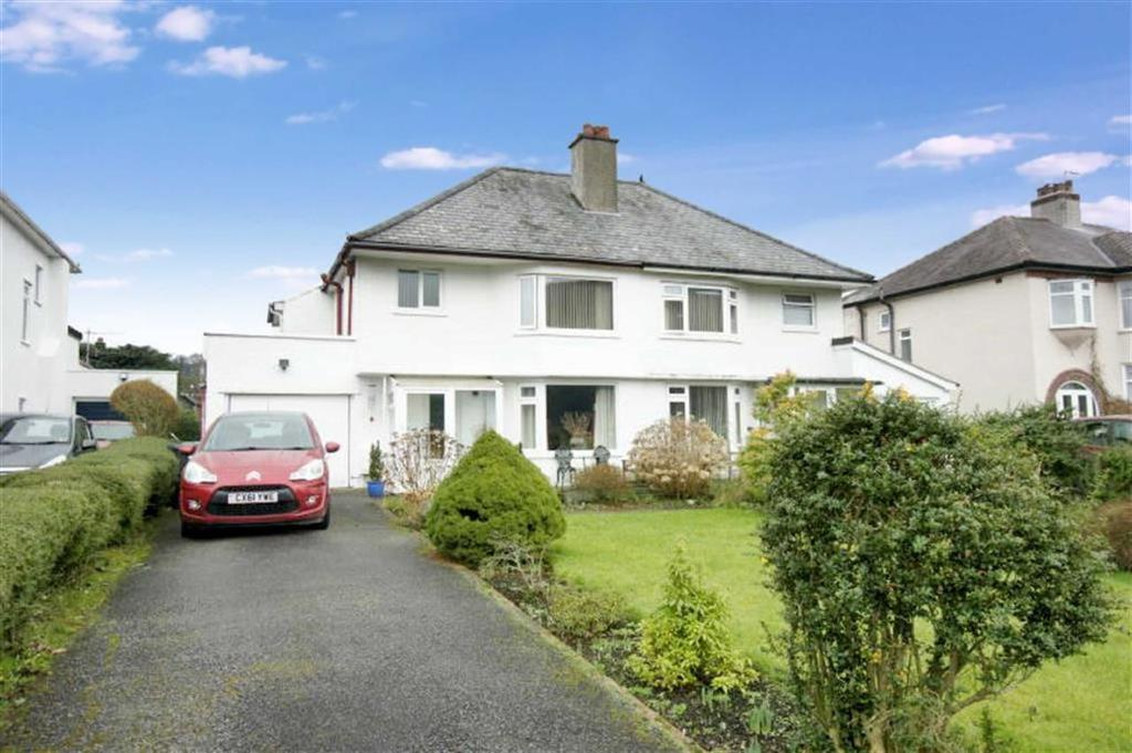 3 Bedrooms Semi Detached House for sale in Betws Road, Llanrwst, Conwy
