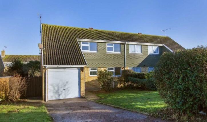 4 Bedrooms Semi Detached House for sale in Knockholt, palm bay, Cliftonville, Margate CT9