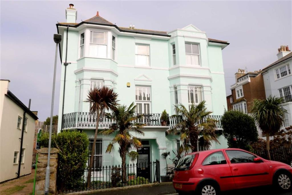 6 Bedrooms Detached House for sale in Princes Road, St Leonards On Sea
