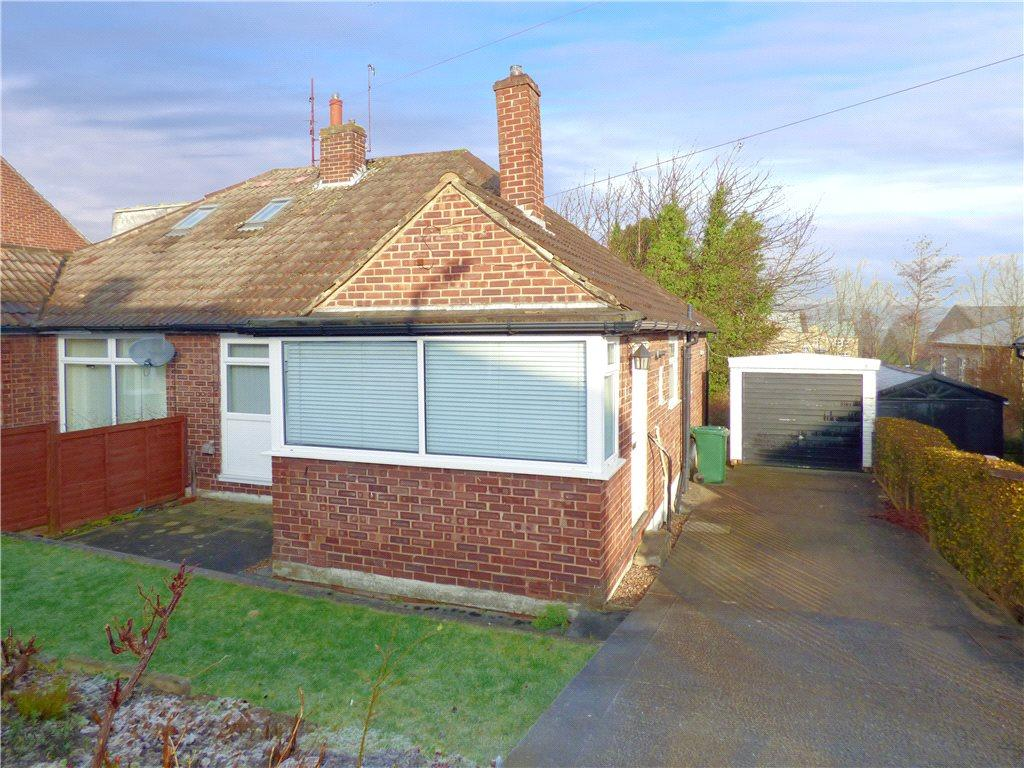 2 Bedrooms Semi Detached Bungalow for sale in Roundhill Mount, Cottingley, Bingley, West Yorkshire