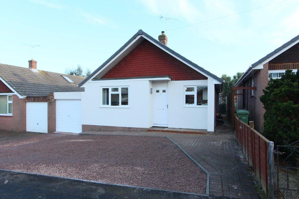 3 Bedrooms Detached Bungalow for sale in Coniston Gardens, Hedge End SO30