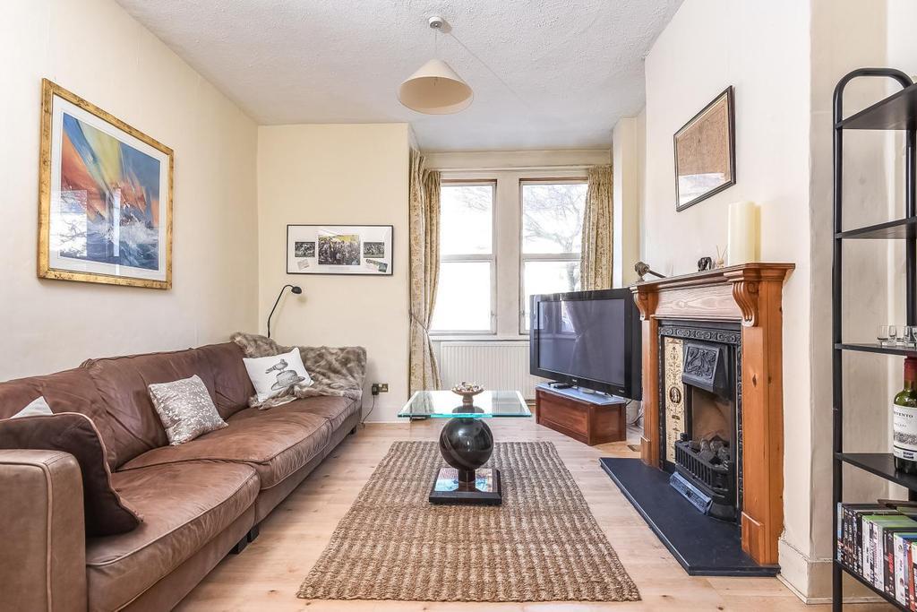 3 Bedrooms Terraced House for sale in Laburnum Road, Wimbledon, SW19
