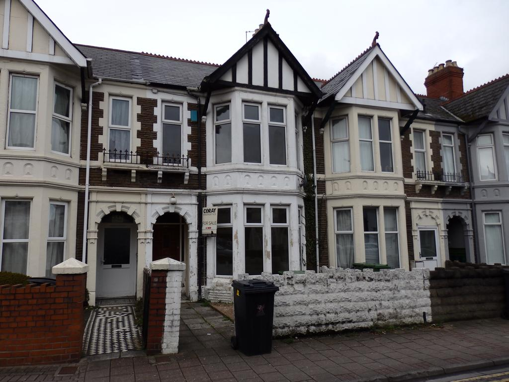 3 Bedrooms Terraced House for sale in Whitchurch Road, Cardiff CF14