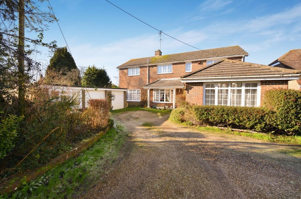 4 Bedrooms Detached House for sale in Lodge Lane Keymer West Sussex BN6
