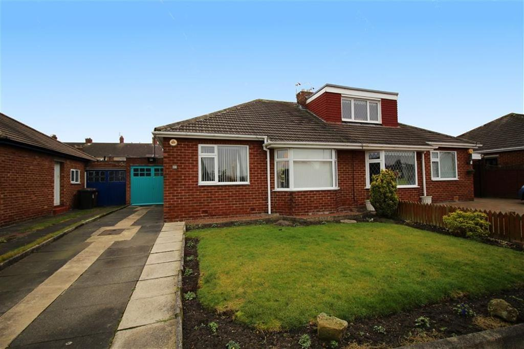 2 Bedrooms Semi Detached Bungalow for sale in Chantry Drive, Newcastle Upon Tyne, NE13