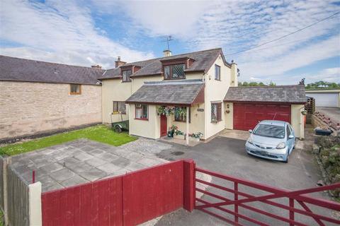 3 bedroom end of terrace house for sale - Ffordd Corwen, Treuddyn, Mold