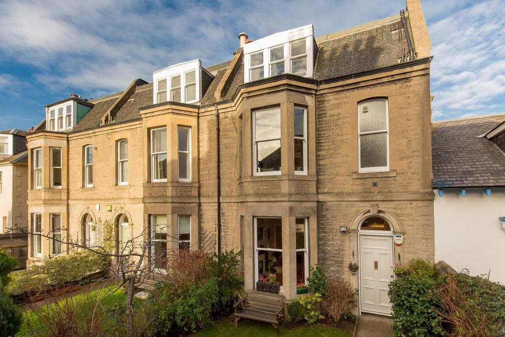 6 Bedrooms Terraced House for sale in 4 Park Road, Trinity, EH6 4LF