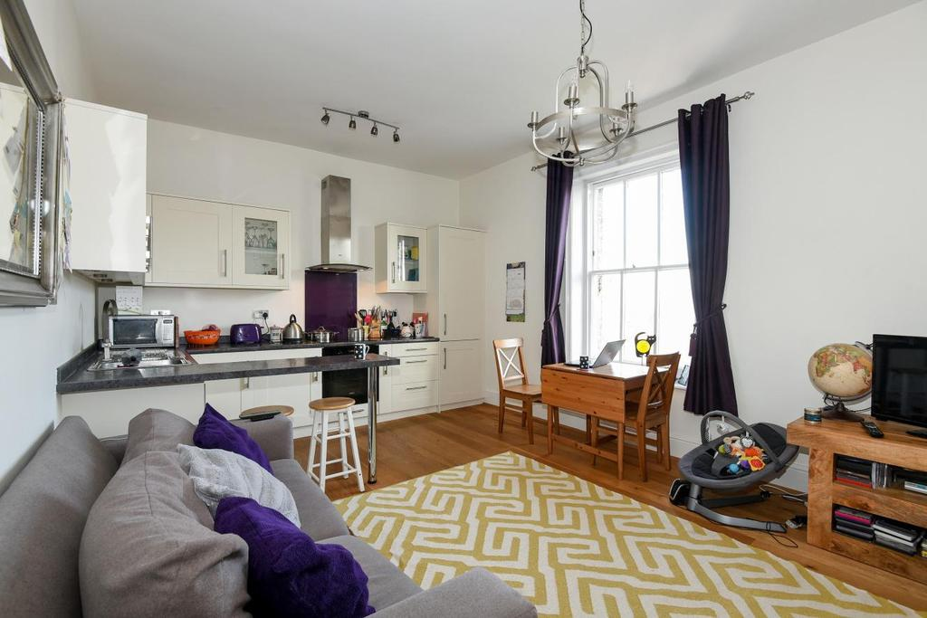 1 Bedroom Flat for sale in Anerley Park, Anerley, SE20