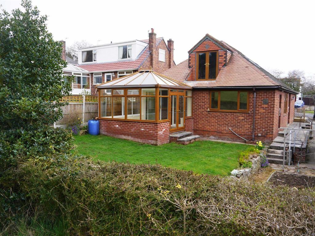 3 Bedrooms Detached Bungalow for sale in Wepre Lane, Connahs Quay, Deeside, Flintshire