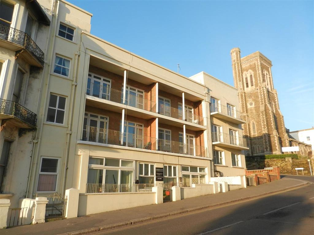 2 Bedrooms Apartment Flat for sale in Warrior Square, St. Leonards-On-Sea