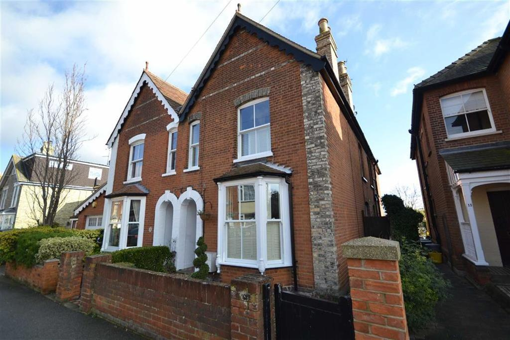 4 Bedrooms Semi Detached House for sale in Mildmay Road, Burnham-on-Crouch, Essex