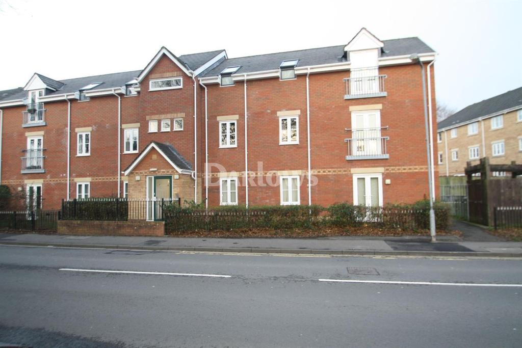 2 Bedrooms Flat for sale in Plasmawr Road, Fairwater, Cardiff