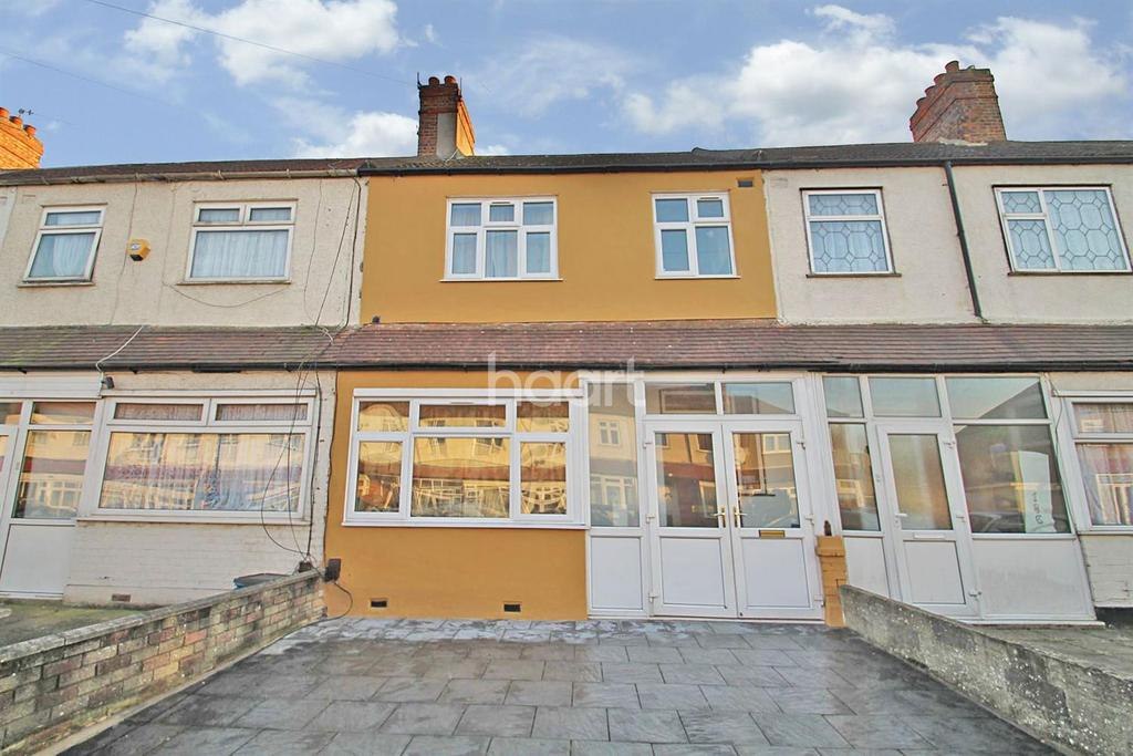 3 Bedrooms Terraced House for sale in Eton Road, Ilford, Essex