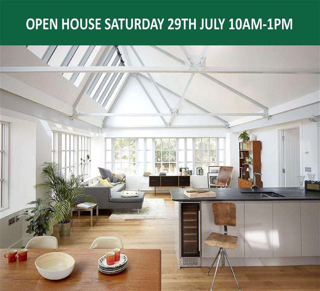 3 Bedrooms Apartment Flat for sale in Ladywell, Pilton, Barnstaple, Devon, EX31