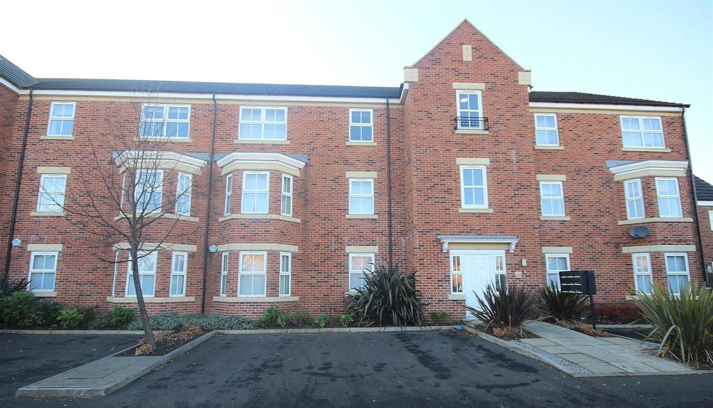 2 Bedrooms Apartment Flat for sale in Sidings Place, Fencehouses, Houghton Le Spring