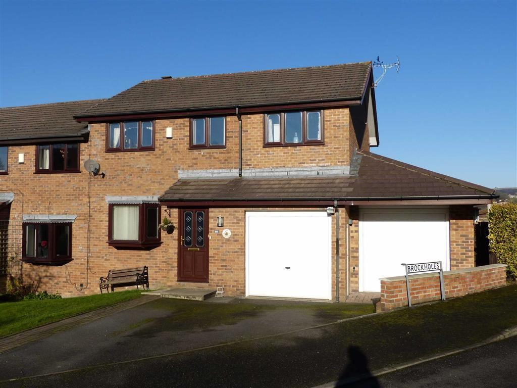 4 Bedrooms Semi Detached House for sale in Foxlea, Glossop