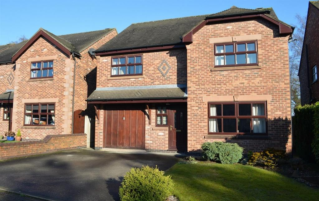 4 Bedrooms Detached House for sale in Chartwell Park, Sandbach