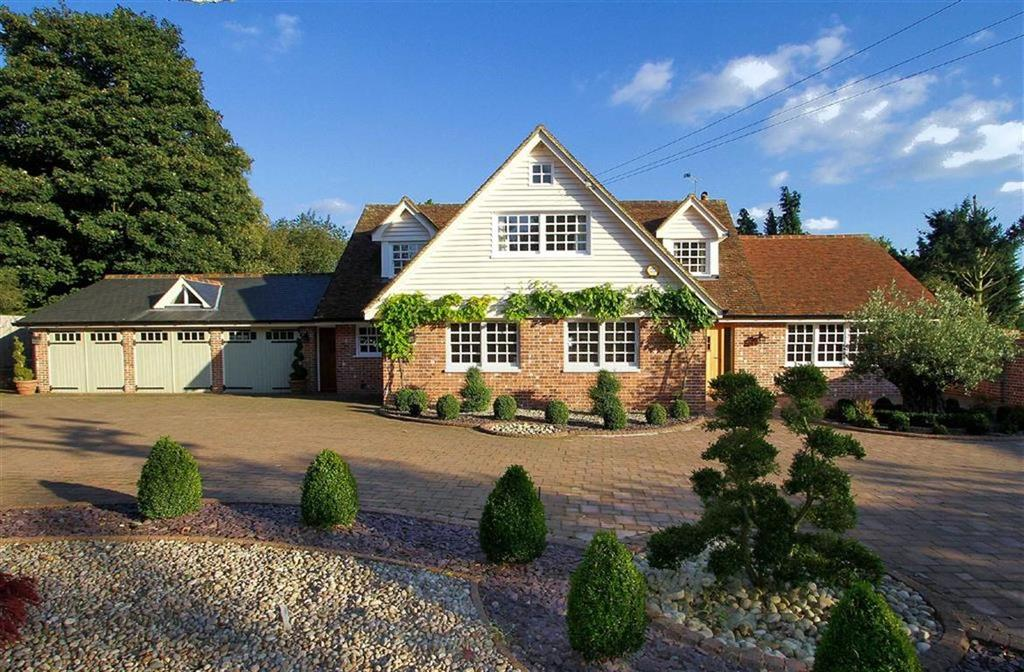 5 Bedrooms Detached House for sale in Danesbury Park Road, Welwyn AL6 9SJ