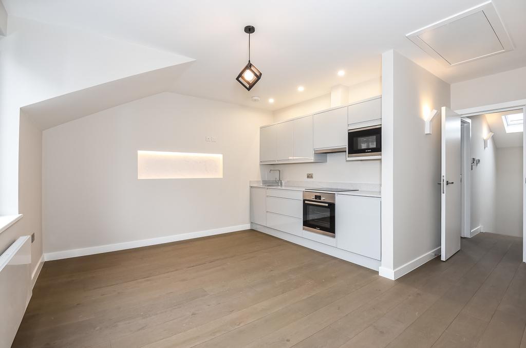 1 Bedroom Flat for sale in Southampton Way London SE5