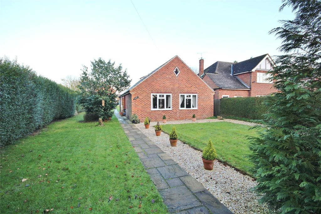 3 Bedrooms Detached Bungalow for sale in Burton Road, Lincoln, LN1