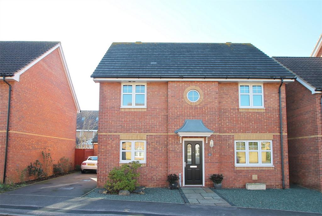 4 Bedrooms Detached House for sale in Magister Drive, Lee-on-the-Solent, Hampshire