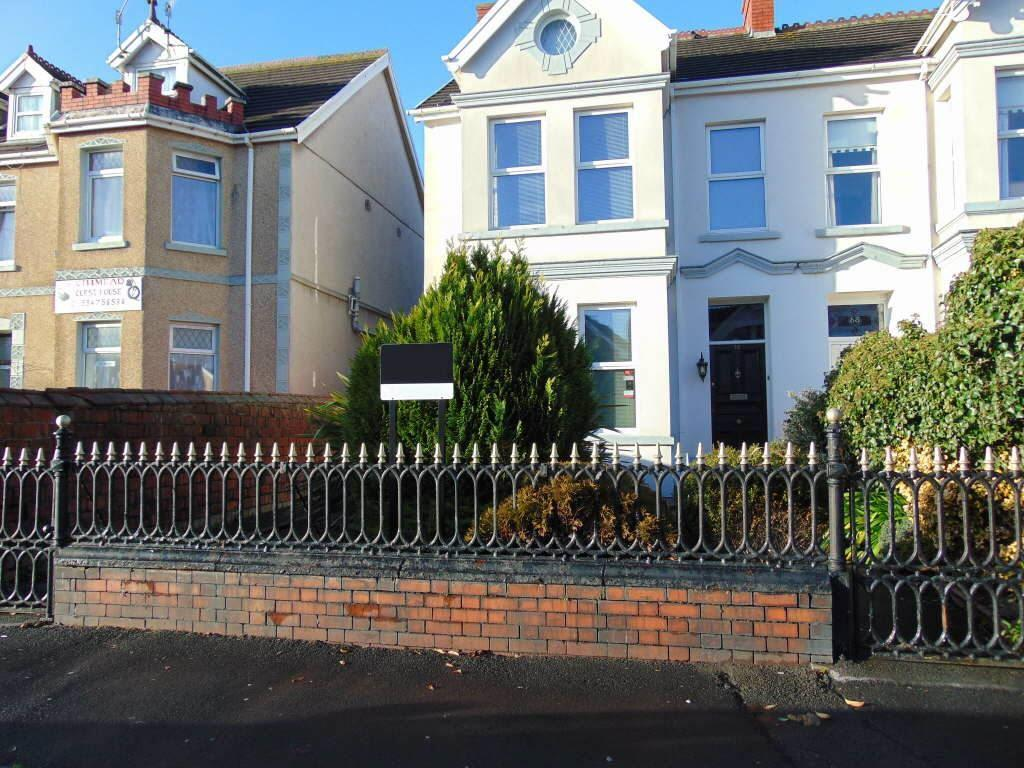 6 Bedrooms Semi Detached House for sale in Queen Victoria Road, Llanelli, Carms