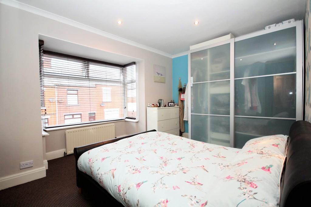 2 Bedrooms Semi Detached House for sale in Harrogate Street, Barrow-In-Furness