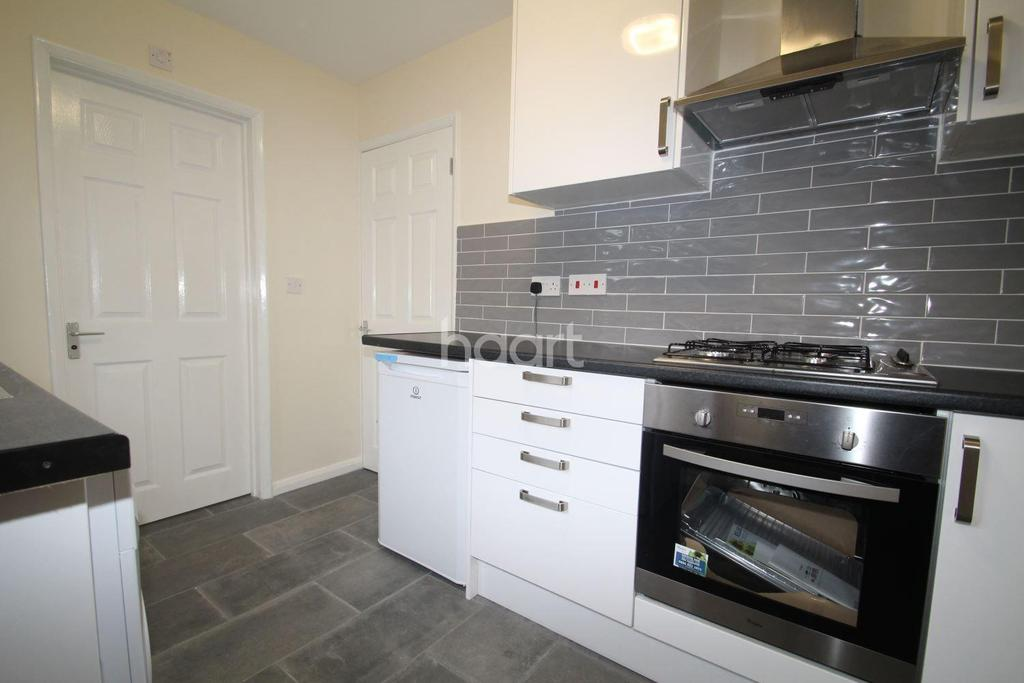 1 Bedroom Flat for sale in Cumberland Avenue