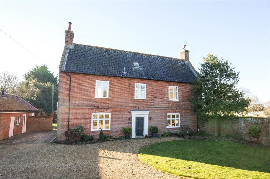 4 Bedrooms Detached House for sale in Welgate, Mattishall, Norfolk, NR20