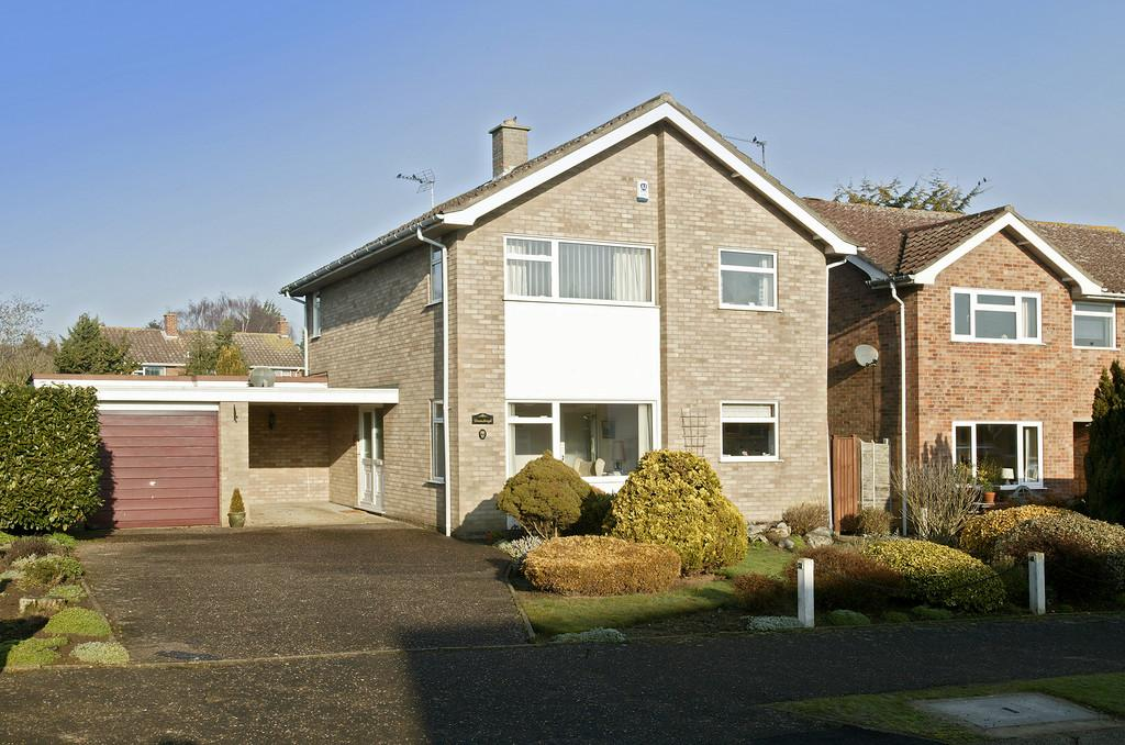 4 Bedrooms Detached House for sale in Taylor Avenue, Cringleford