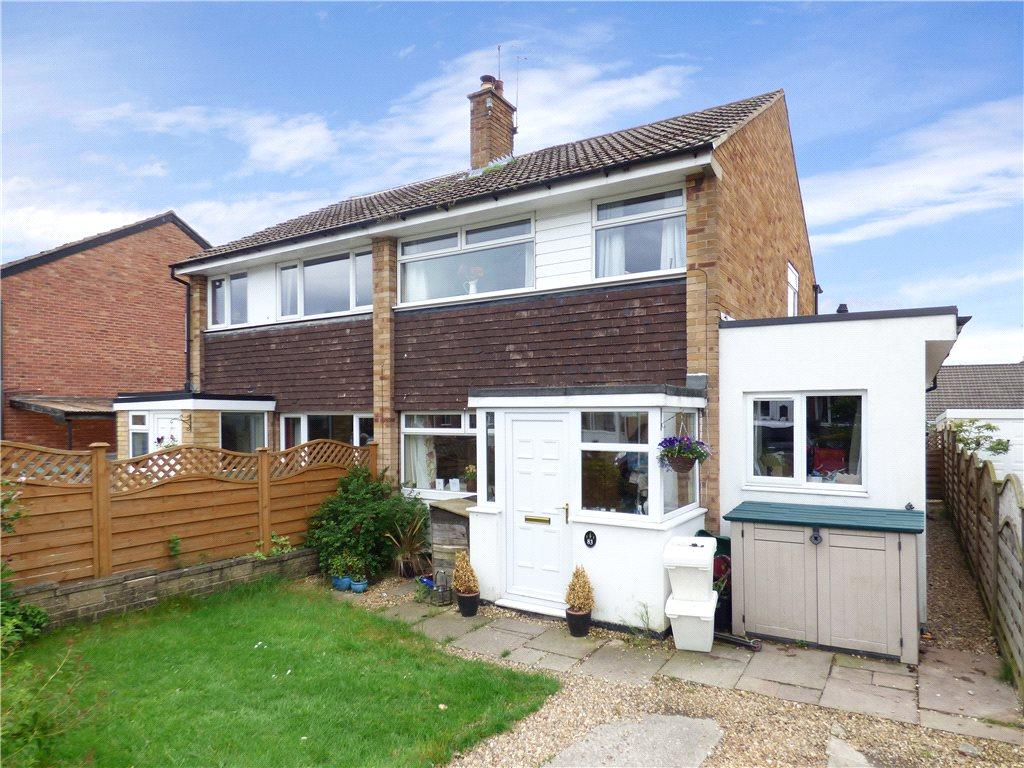 3 Bedrooms Semi Detached House for sale in Fairways Avenue, Harrogate, North Yorkshire