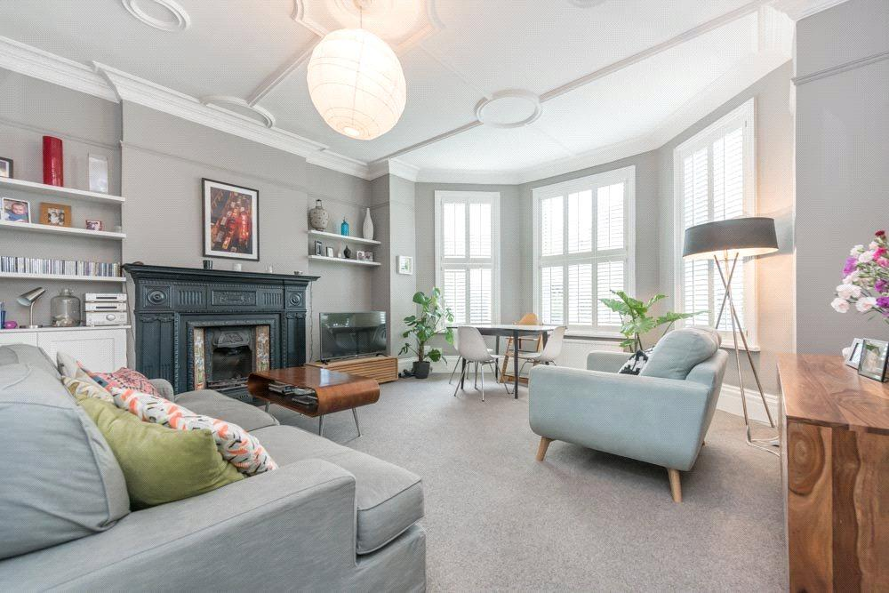 2 Bedrooms Flat for sale in Fordwych Road, London, NW2