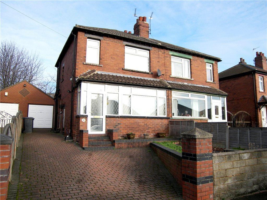 3 Bedrooms Semi Detached House for sale in Kellett Road, Leeds, West Yorkshire