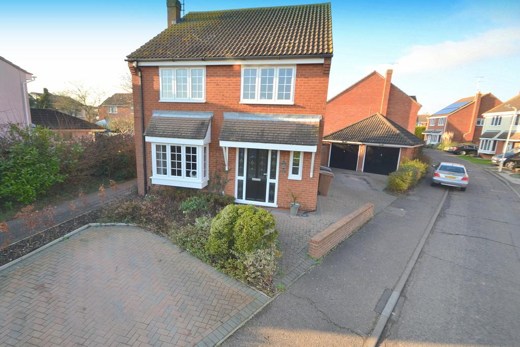 4 Bedrooms Detached House for sale in Oak Lodge Tye, Springfield