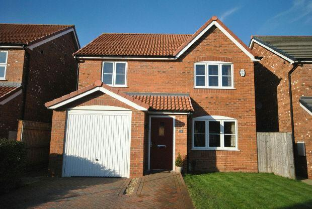 4 Bedrooms Detached House for sale in Horseshoe Close, GRIMSBY