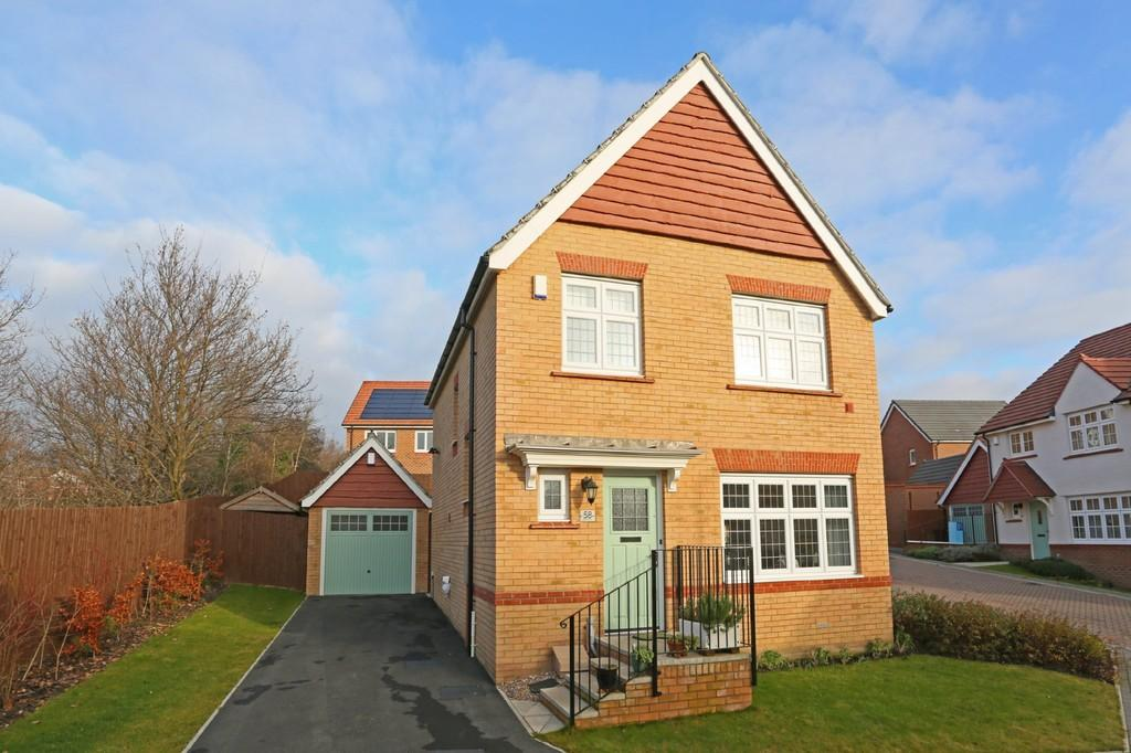 3 Bedrooms Detached House for sale in Malvern Mews, Wrenthorpe