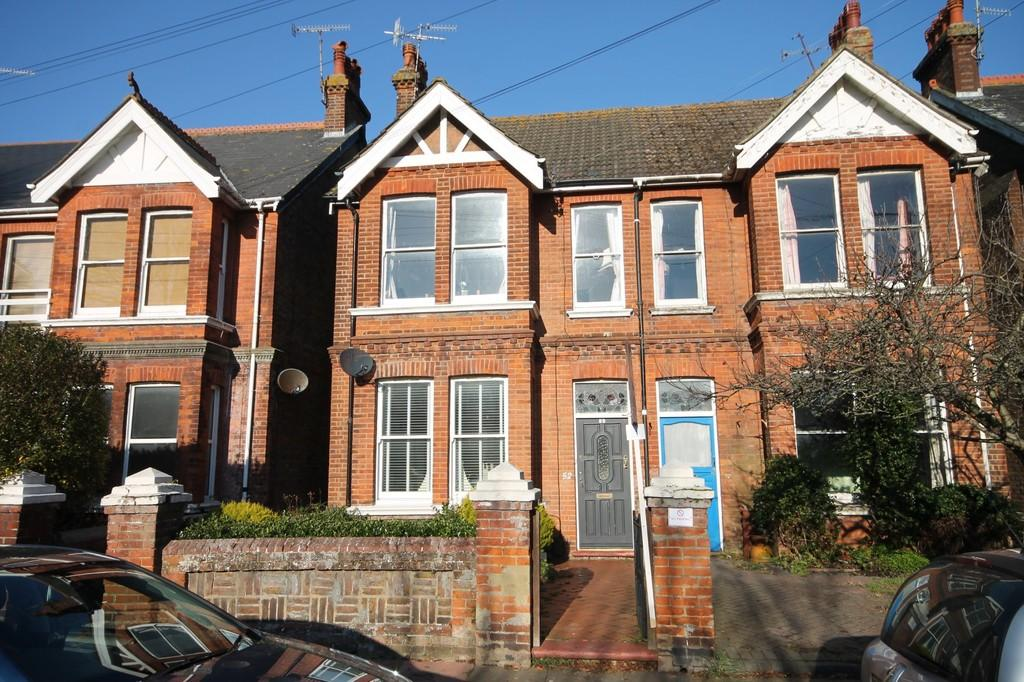 3 Bedrooms Maisonette Flat for sale in Browning Road, Worthing BN11 4NR