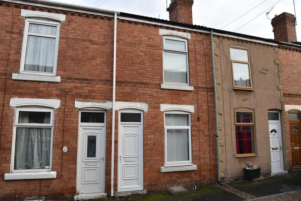 2 Bedrooms Terraced House for sale in Chapel Street Mexborough