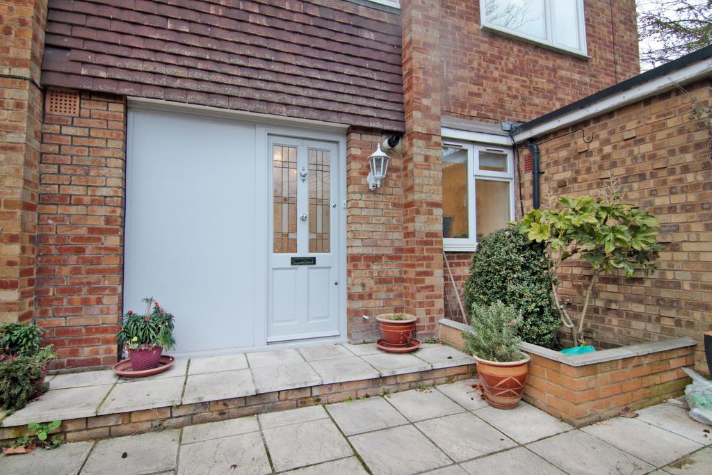 2 Bedrooms Maisonette Flat for sale in Herne Hill, London SE24