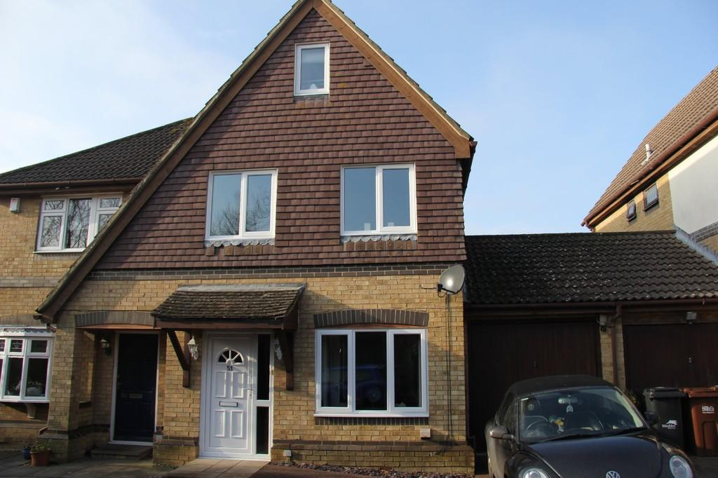 5 Bedrooms Semi Detached House for sale in Bay Tree Close, Heathfield