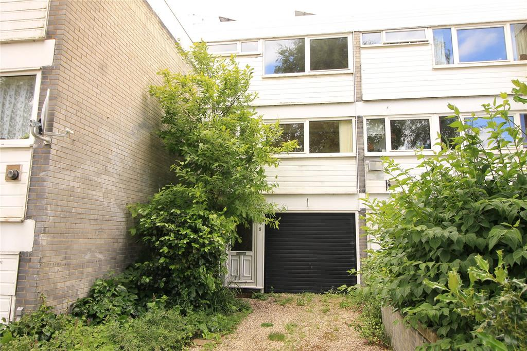 3 Bedrooms Terraced House for sale in Cameron Close, Warley, Brentwood, Essex, CM14