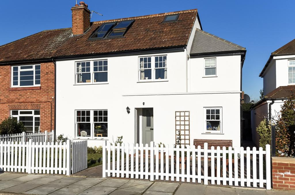 4 Bedrooms Semi Detached House for sale in Ham