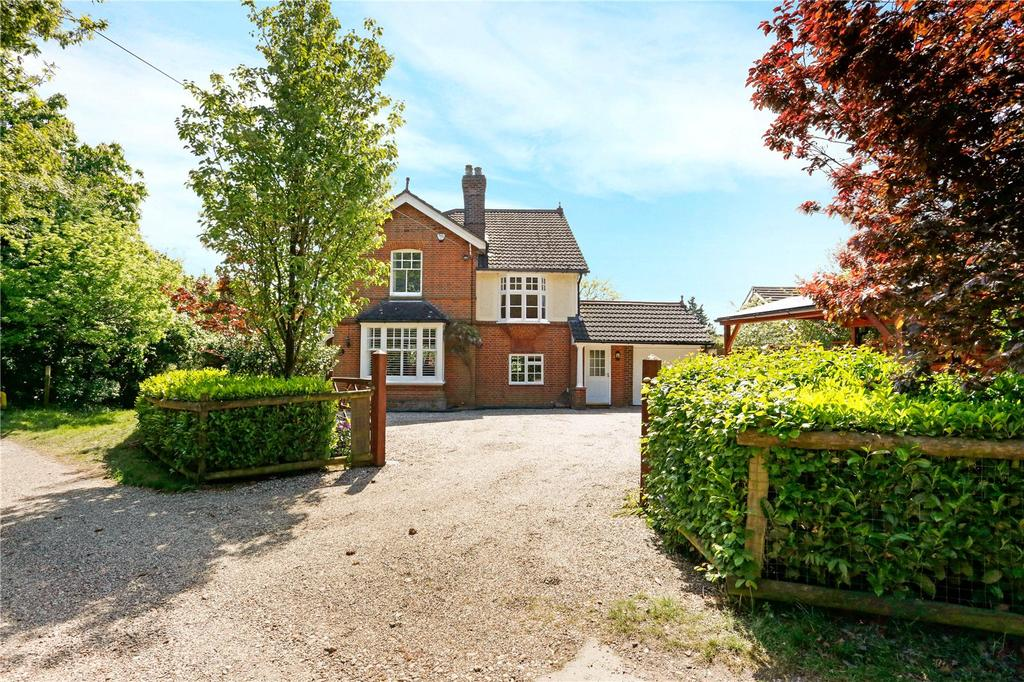 4 Bedrooms Detached House for sale in Fitzwalter Lane, Danbury, Chelmsford, CM3
