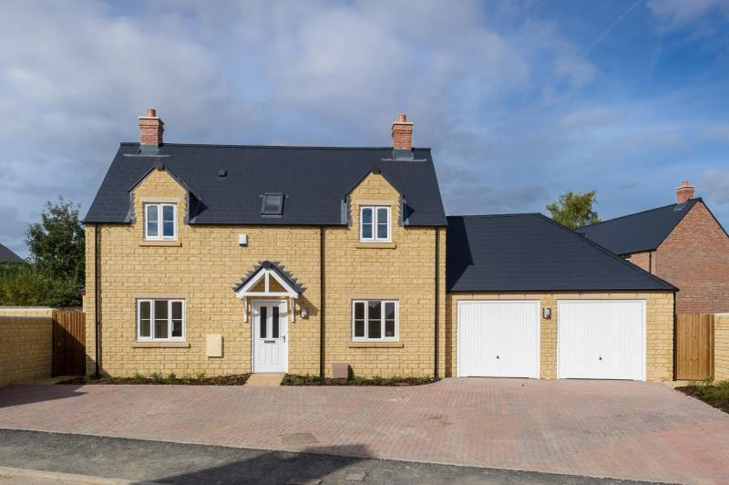 4 Bedrooms Detached House for sale in The Willow, William Buckland Way, Stonesfield, Witney, Oxfordshire